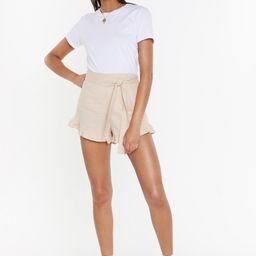 End Game Ruffle Linen Shorts | NastyGal (US & CA)