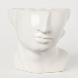 Stoneware vase | H&M (UK, IE, MY, IN, SG, PH, TW, HK, KR)