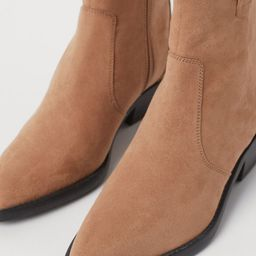 Pointed ankle boots   H&M (UK, IE, MY, IN, SG, PH, TW, HK, KR)