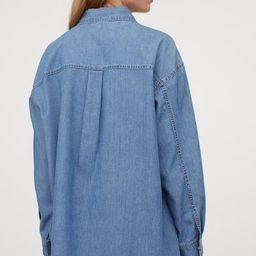 Oversized denim shirt | H&M (UK, IE, MY, IN, SG, PH, TW, HK)