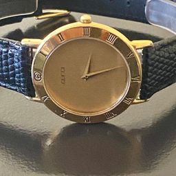"""Gucci men's 8"""" gold watch 100% authentic new battery new blk strap 219.99   Etsy (US)"""