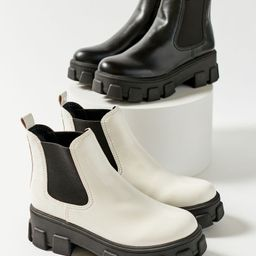 Circus By Sam Edelman Darielle Treaded Chelsea Boot | Urban Outfitters (US and RoW)