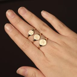 Oval Signet Ring 10K 14K Solid Gold Signet Ring Oval Shape | Etsy | Etsy (US)