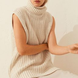 Relaxed-fit, sleeveless, turtleneck sweater in soft, rib-knit fabric with wool content. Polyester... | H&M (US)