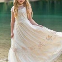 Jolie Maxi Dress in Ivory | Joyfolie