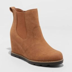 Women's Amalia Fashion Boots - Universal Thread™ | Target
