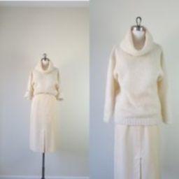 Ivory Oversized Knit Sweater | Etsy (US)