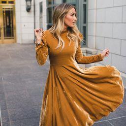 LA LA LADY DRESS IN GOLD   Ivy City Co