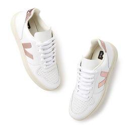 Veja V-10 Sneakers in Extra White/Nacre, Size IT 36   goop