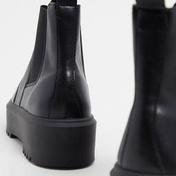 ASOS DESIGN Aberdeen chunky chelsea boots in black | ASOS (Global)