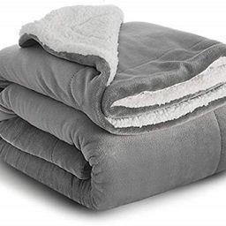 BEDSURE Sherpa Fleece Blanket Throw Size Grey Plush Throw Blanket Fuzzy Soft Blanket Microfiber | Amazon (US)