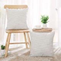 Deconovo Decorative Cushion Cover Throw Pillowcase with Invisible Zipper Pattern Pillow Shams Light    Amazon (US)