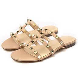 'Nicole' Studded Flat Sandals (2 Colors) | Goodnight Macaroon