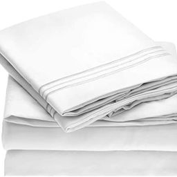 Mellanni Bed Sheet Set - Brushed Microfiber 1800 Bedding - Wrinkle, Fade, Stain Resistant - 4 Pie... | Amazon (US)