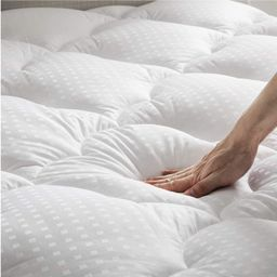 Bedsure Cotton Mattress Pad King Size (up to 18 inches) - Deep Pocket, Quilted Mattress Cover wit... | Amazon (CA)