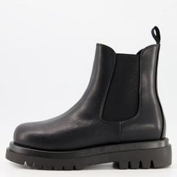 Truffle Collection wide fit chunky chelsea boots in black faux leather | ASOS (Global)