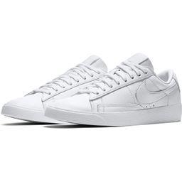 Blazer Low SE Sneaker   Nordstrom