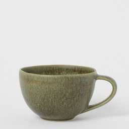 Large stoneware cup   H&M (UK, IE, MY, IN, SG, PH, TW, HK, KR)