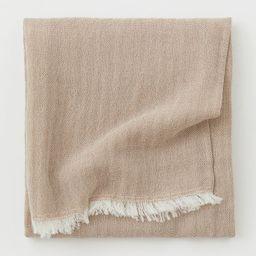 Wool-blend blanket   H&M (UK, IE, MY, IN, SG, PH, TW, HK, KR)