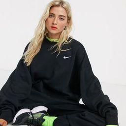 Nike Trend Fleece oversized cropped crew neck sweatshirt in black | ASOS (Global)