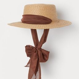 Chin-tie straw hat   H&M (UK, IE, MY, IN, SG, PH, TW, HK, KR)