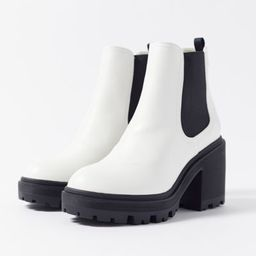 UO Chloe Chelsea Boot | Urban Outfitters (US and RoW)