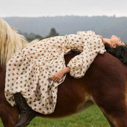 Polka-dot dress with ruffles | MANGO (US)
