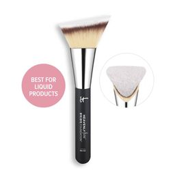 Heavenly Luxe Bye Bye Foundation Brush #22   IT Cosmetics (US)