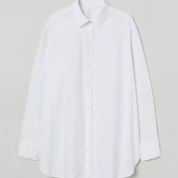 Straight-cut shirt in an airy, woven cotton fabric. Collar, buttons at front, gently dropped shou... | H&M (US)