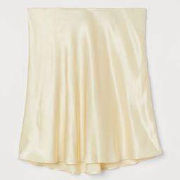 Short satin skirt   H&M (UK, IE, MY, IN, SG, PH, TW, HK, KR)
