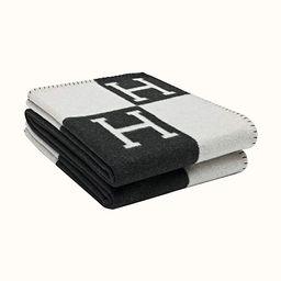 DRAGON VINES The Shawl is a Soft Warm Blanket Blanket Sofa Cover Blanket Plush Knitted Blanket Su... | Amazon (US)