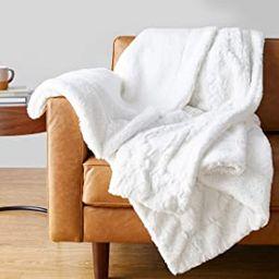 Amazon Basics Faux Fur Throw Blanket | Amazon (US)