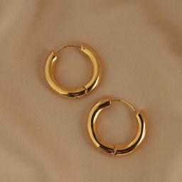 Chunky Hoops in Gold | Astrid and Miyu