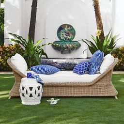 Manchester Outdoor Settee   Williams-Sonoma