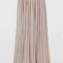 Pleated Maxi Skirt  $34.99 | H&M (US)