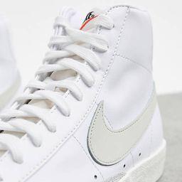 Nike Blazer Mid '77 trainers in white/light bone | ASOS (Global)