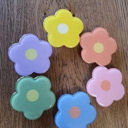 Cute Heart Gingham Flower Phone Grip   Etsy (US)