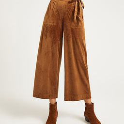 Suzanne Betro Weekend Women's Casual Pants 101CAMEL - Camel Patch-Pocket Corduroy Crop Paper Bag Pan | Zulily