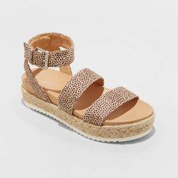 Women's Annie Platform Sandals - Universal Thread™   Target