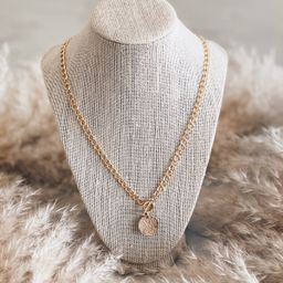Toggle Curbed Chain Necklace | Stylin by Aylin