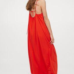 Sleeveless Maxi Dress   H&M (US)