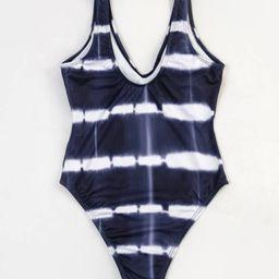 New             Tie Dye V Neck One Piece Swimsuit | SHEIN