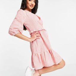 New Look wrap tie tiered mini dress in pink gingham | ASOS (Global)