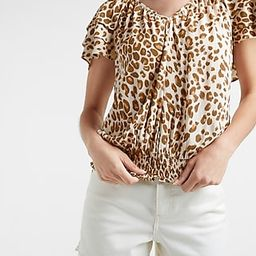 Leopard Tiered Sleeve V-Neck Top | Express