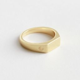 Engraved Signet Ring - Gold | & Other Stories
