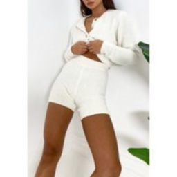 Recycled White Cosy Knit Biker Shorts   Missguided (US & CA)