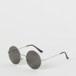Sunglasses with metal frames, chain-shaped sidepieces in metal and plastic, and adjustable nose p...   H&M (US)