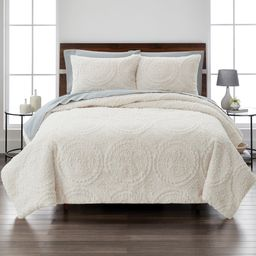 Better Homes & Gardens Embroidered Faux Fur 3-Piece Comforter Set, King, Ivory   Walmart (US)