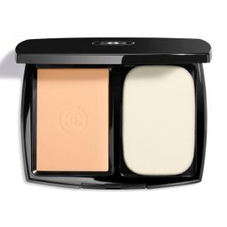 CHANELULTRA LE TEINTUltrawear All-Day Comfort Flawless Finish Compact Foundation, 0.45 oz./ 13 mL | Neiman Marcus
