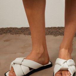 Slides | H&M (US)